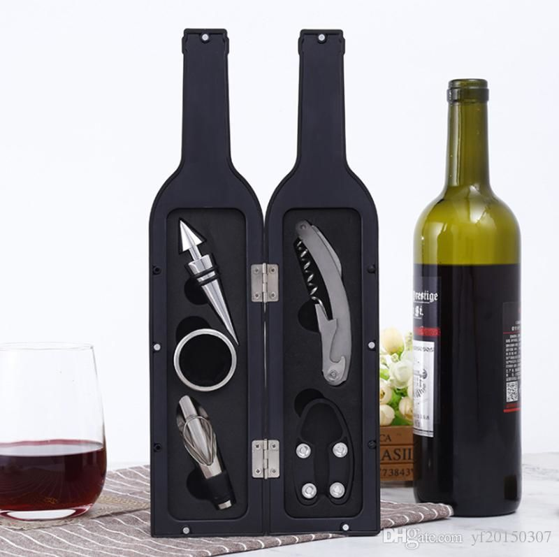 Подарочный Кофр с винными аксессуарами